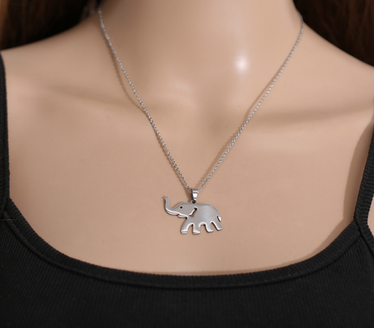 Elephant necklace4.png