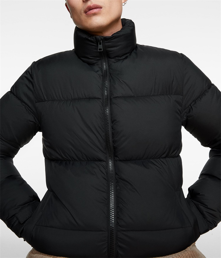 Custom mens black polyester outdoor puffer jacket for winter