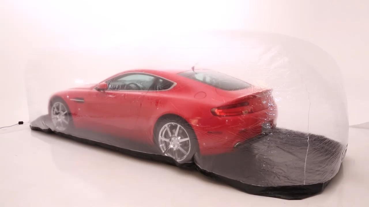 Rood en transparante bubble Indoor of outdoor opblaasbare motor auto capsule