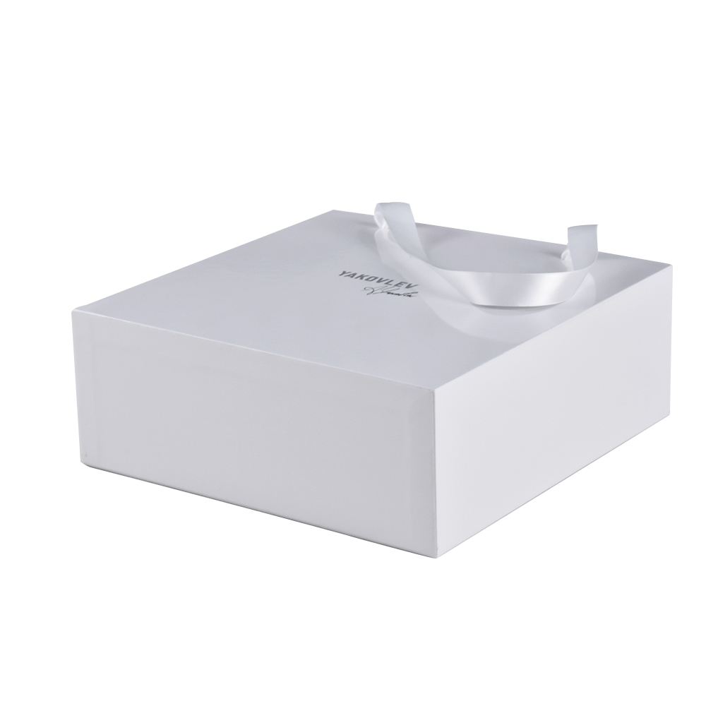 Custom logo drawout portable hard cardboard gift packaging box