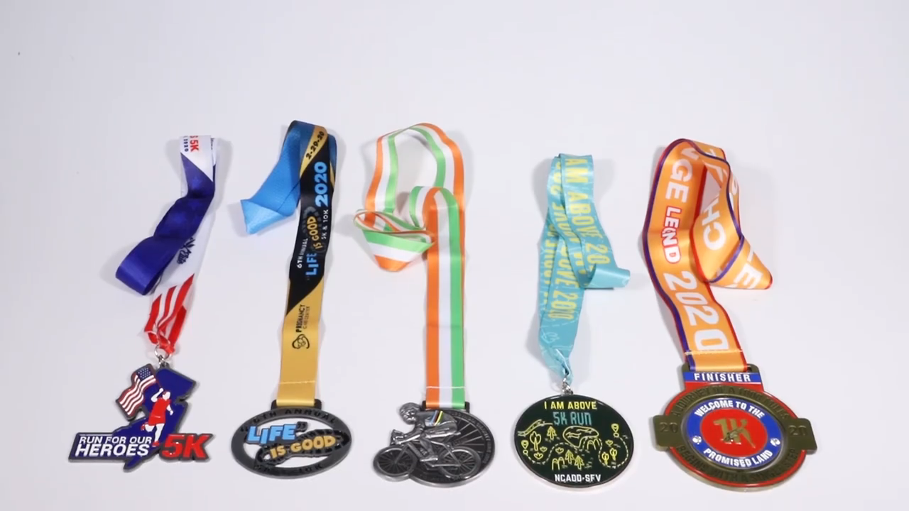 Atacado fabricação logotipo personalizado liga de zinco maratona esporte corrida prêmio medallion metal