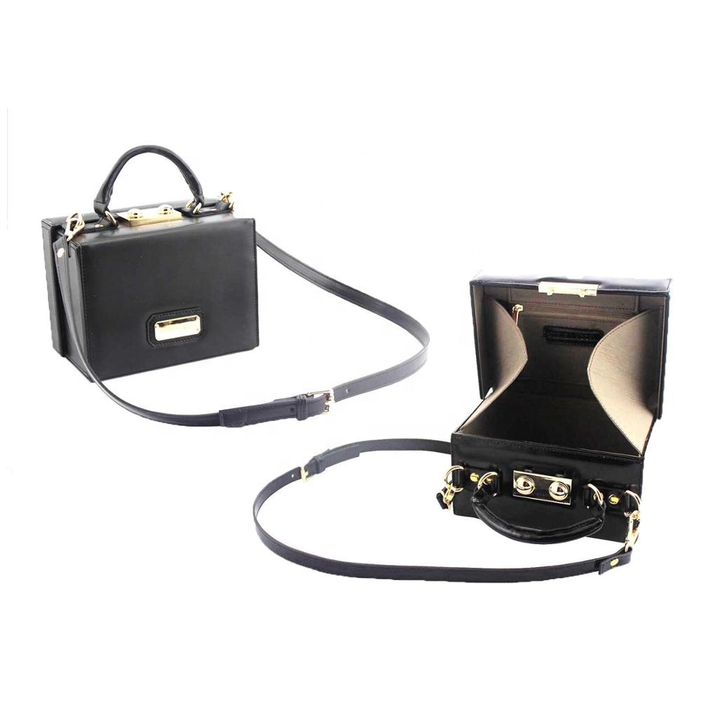 Fashionable rectangle leather handbag in metallic chain
