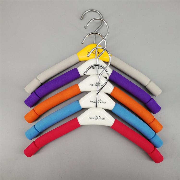 801B Xufeng Pakaian Mewah Spons Gantungan dan Wholesale Non-Slip Gantungan Pakaian untuk Pasar