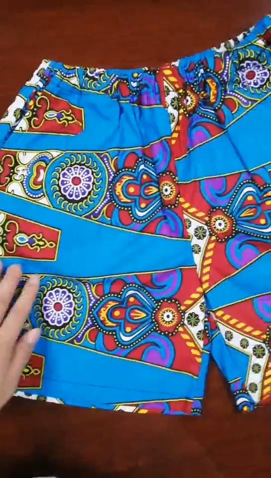 カスタムホット販売スタイルグリルの服ファッションガール 2 枚セット因果ガールの 2 つの小品女子コートとショーツ衣服ベンダー