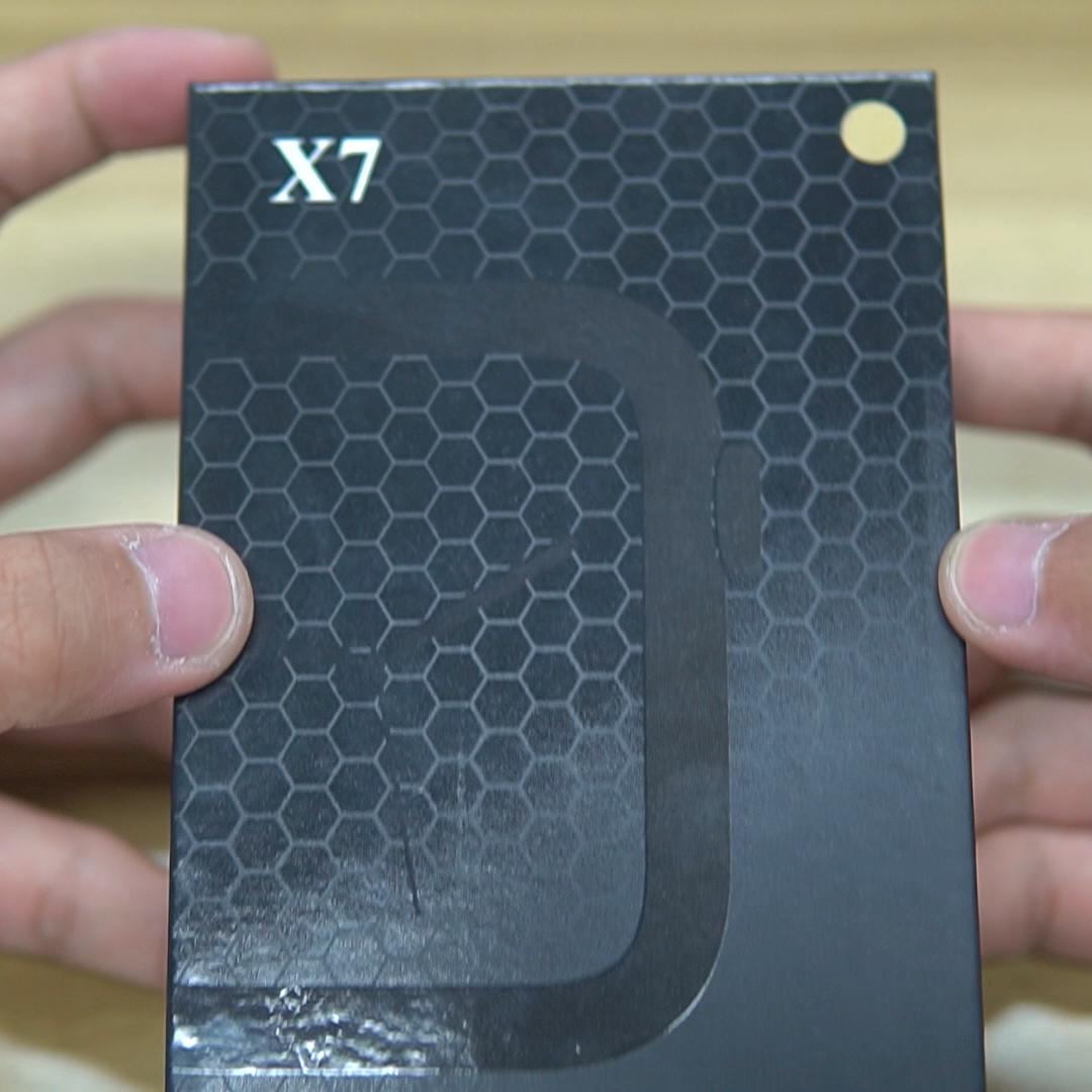 2020 nuovi Arrivi Orologio Intelligente X7 BT Chiamata full touch Frequenza Cardiaca Misuratore di Pressione Sanguigna Da Polso Smartwatch Per Le donne degli uomini di Sport orologio PK W34