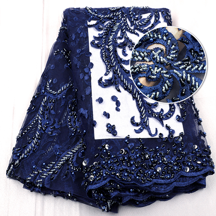 Desain Baru Royal Blue Handmade Beaded Lace Fabric For Wedding Dresses Mesh Bordir Payet Manik-manik dan Mutiara Renda Kain