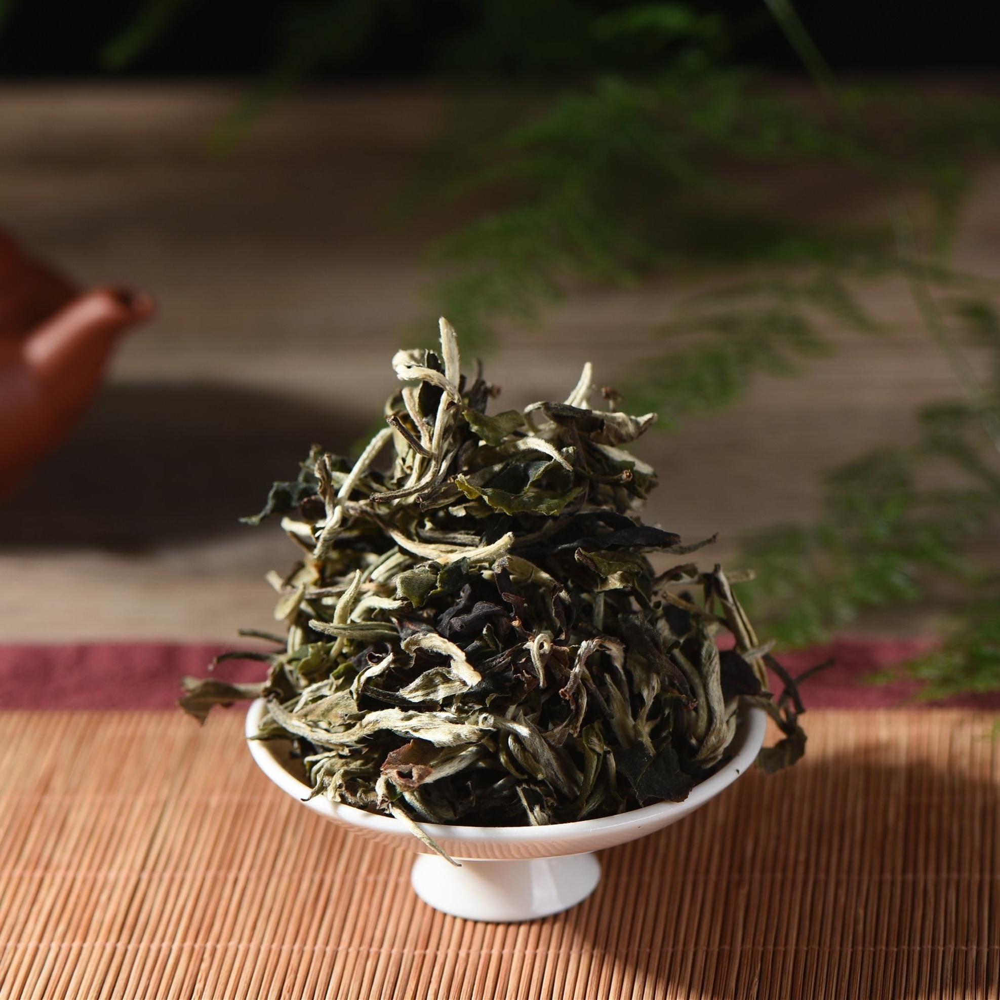 Cheap and good organic white tea baihao yinzhen from yunnan city - 4uTea | 4uTea.com