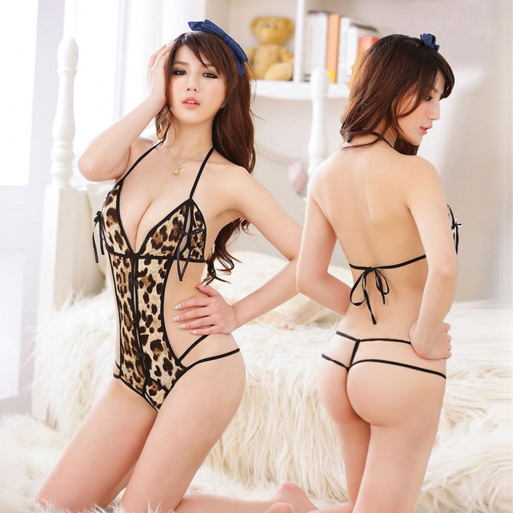 La lingerie sexy nue de grain de léopard la plus séduisante