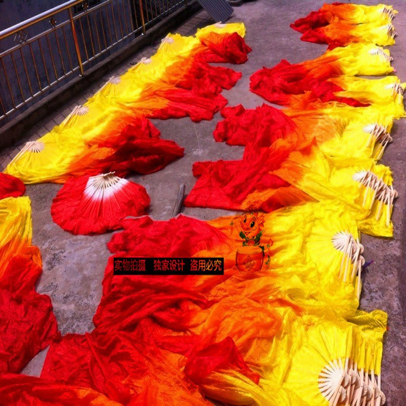 [I AM YOUR FANS] Performance props fitness Yangko color flame simulation silk 1.8-1.5-1.2m Bamboo Crafts long dance fan