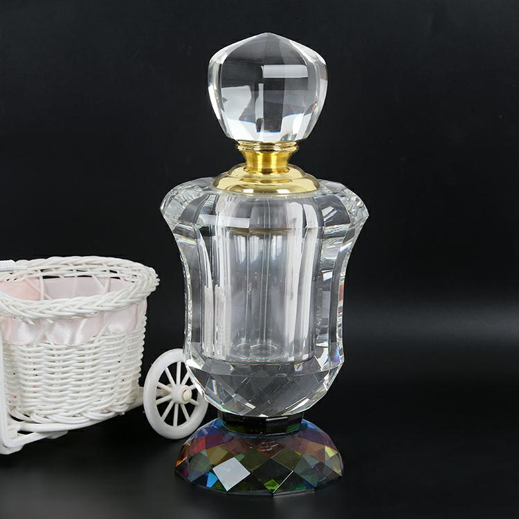 high capacity old fashioned decorative crystal clear perfume bottle