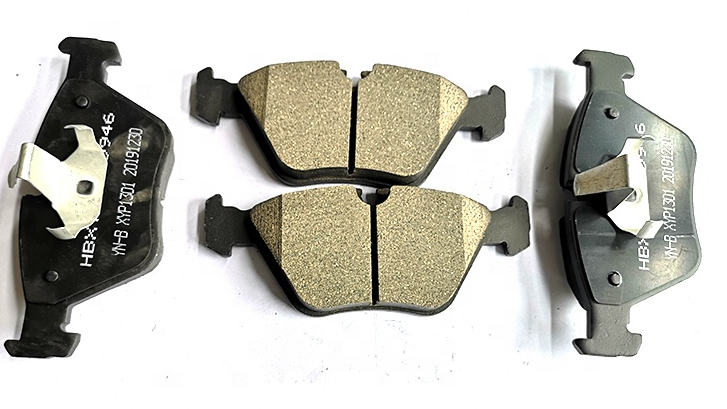 break pad wear-resistant high-temperature resistant front axle ceramic brake pads for BMW E60
