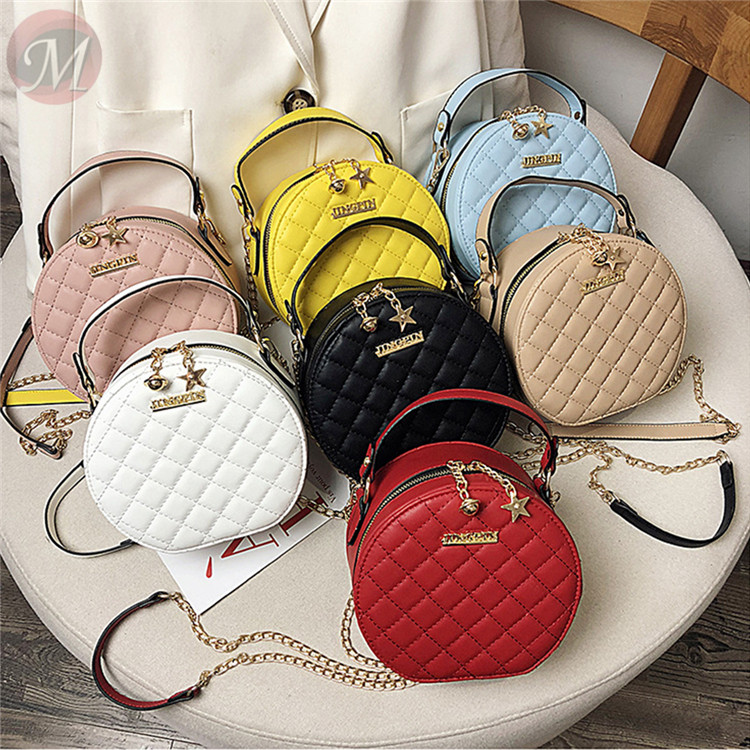 0270401 New 2020 fashion fast selling casual quality round leather Rivet shape handbag for women