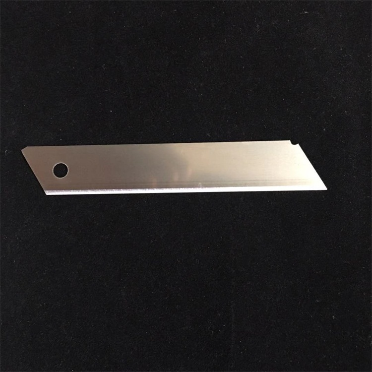Super hard 100x18x0.5mm Stainless steel artist blade for cutting paper