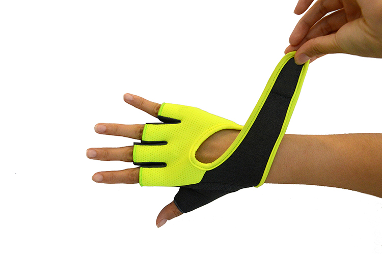 New Custom Half finger Gym Fitness Weightlifting Breathable Gloves For Sports