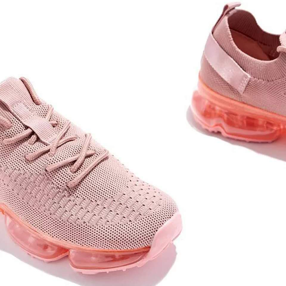 New style flying woven stretch casual sports shoes selling solid color comfortable mesh shoes for woman