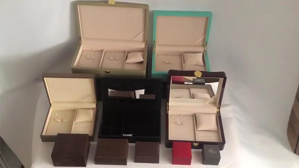 नई उत्पाद थोक कस्टम लक्जरी वर्ग गहने सगाई उपहार अंगूठी बॉक्स के साथ लोगो 7x7x5.2cm