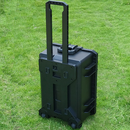 Resistant trolley luggage hard case with wheels