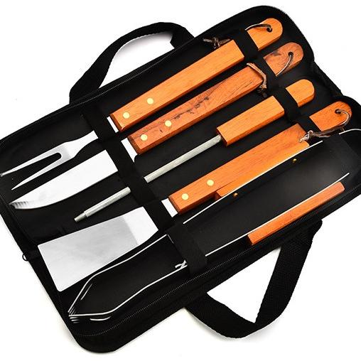 Extérieur portatif En Acier Inoxydable 5 pièces Outils de BARBECUE Accessoire Multi-outils avec Manche En Bois