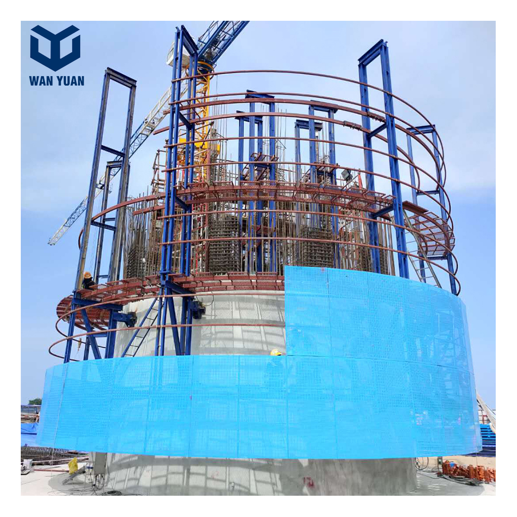 Automatic peripheral covered suspended construction self-climbing formwork with scaffolding