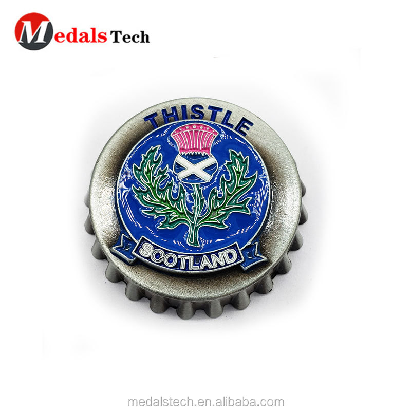 2019 cheap  engraved 3d old gold metal  golf ball markers