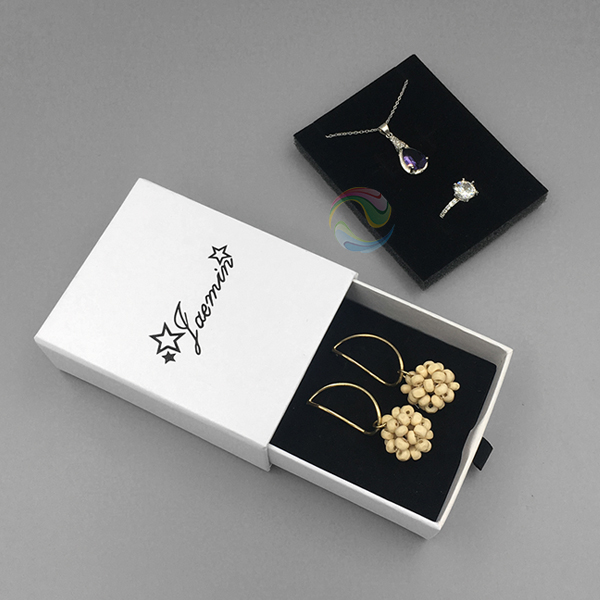 earrings box 7.jpg
