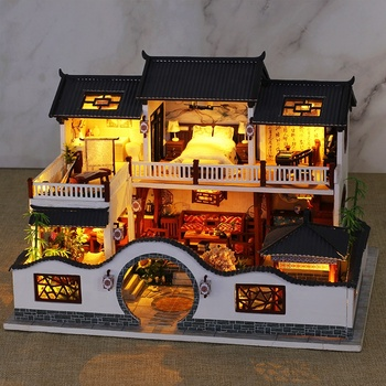 2020 New Arrival 3D DIY Gift Crafts Dollhouse Furniture Wooden Doll House For Kids