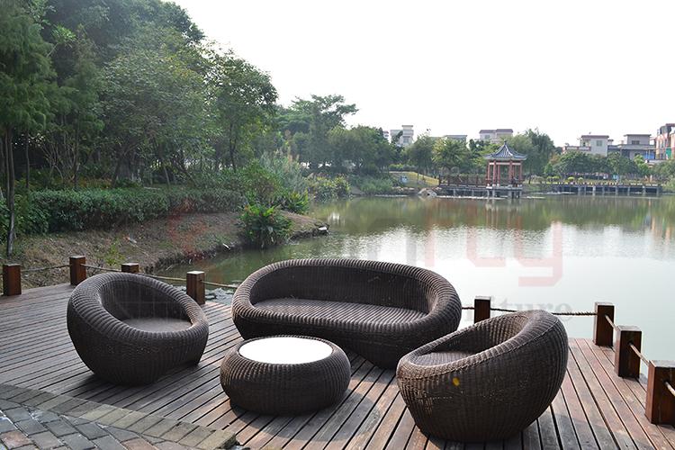 wicker garden sofa set-5.jpg
