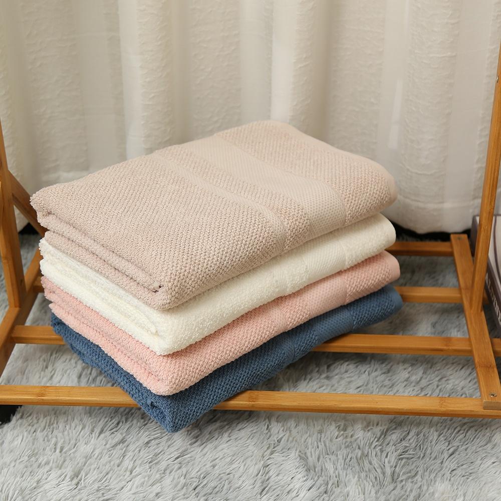 Hot Sale High Quality Print New Design 100% Cotton Bath Towel Fashion Set