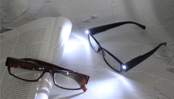 Neue großhandel mode led licht lesebrille geschenk led brillen gläser vergrößerungs licht gläser