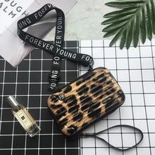 Роскошные ручные сумки для женщин, новинка 2020, сумка в форме чемодана, женская сумка-клатч известного бренда, мини-сумка в коробке, модный ми...(Китай)