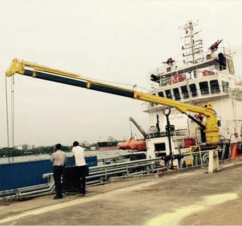 China Pedestal Crane Telescopic Boom Marine Crane