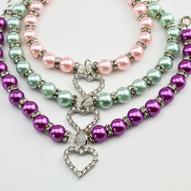 China Manufacturer In Stock Pet Accessories Pearl Beaded Dog Necklace Collar with Rhinestone Heart Pendant