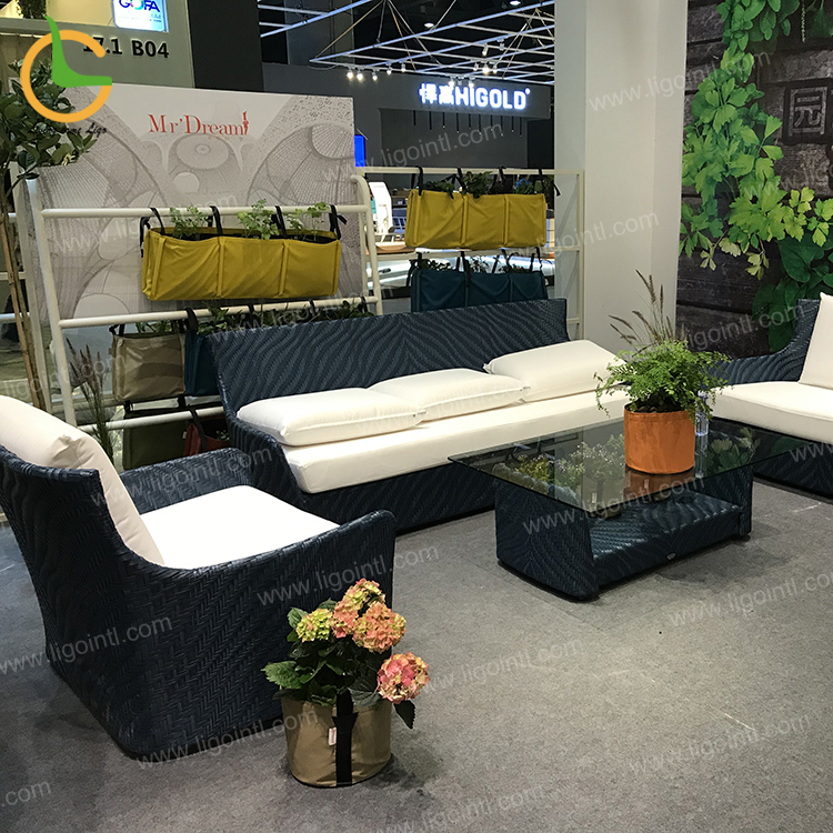Best seller a buon mercato una scatola di imballaggio divano da giardino in rattan set mobili da giardino set
