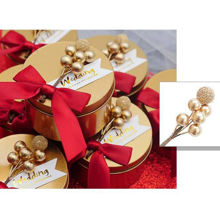 Wholesale beautiful artificial berry branch gift box decoration artificial berry