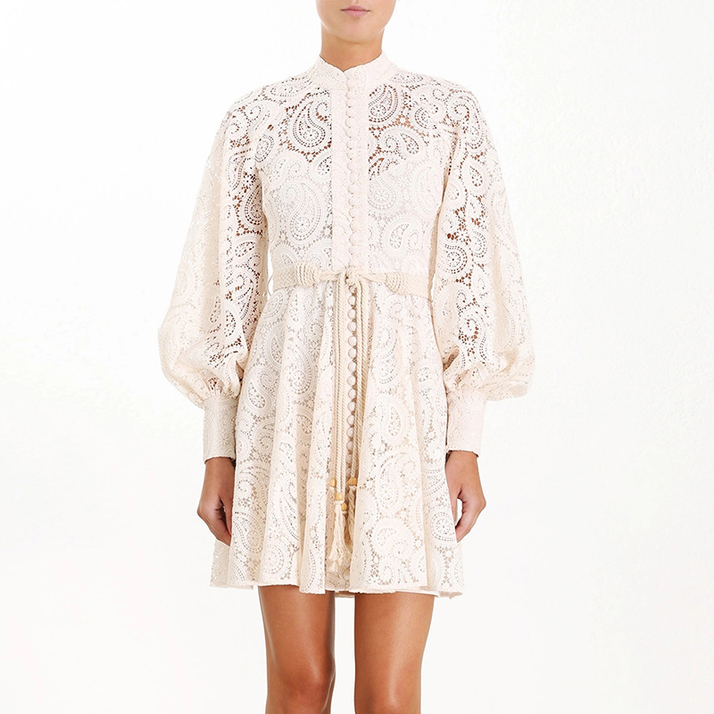 Fall luxury Runway fashion water soluble white lace hollow out high waist lace-up puff long sleeve white lace dress for women фото