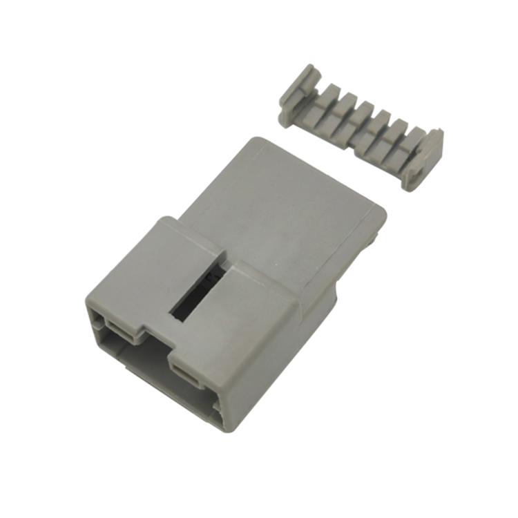 Wire and cable terminals non-welded wire stripping automotive plastic connectors