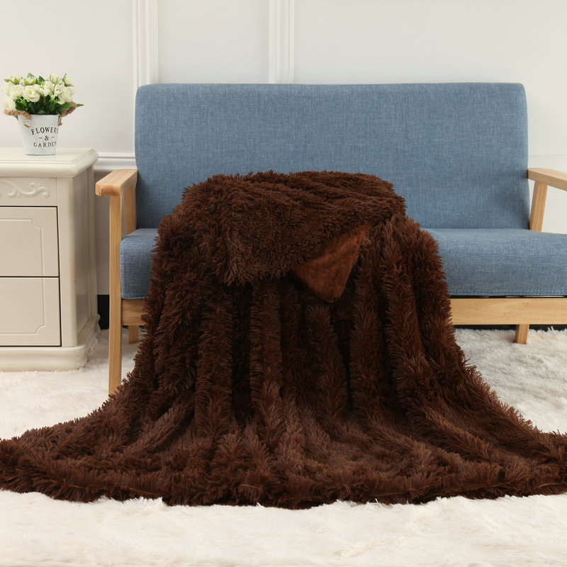 Plush background blanket multi-functional blanket for living room