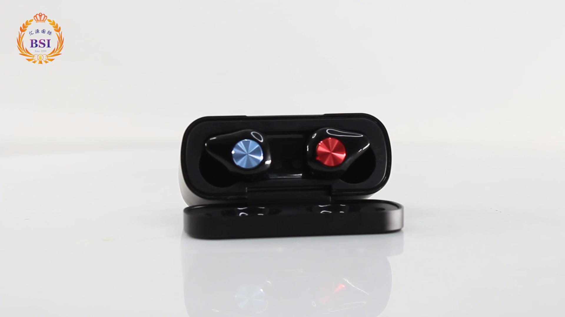 In-ear headphone true wireless earphones Two Colors Design Bluetooth 5.0 TWS earphone with touch control