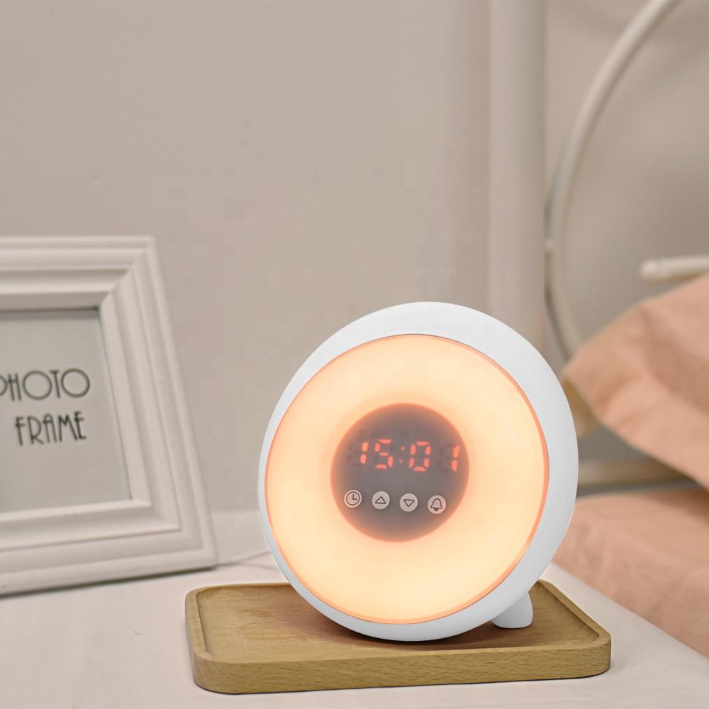 Hot Sale Online Anak-anak Wake Up Lampu Matahari Terbit Jam Alarm Digital dengan Lampu Malam