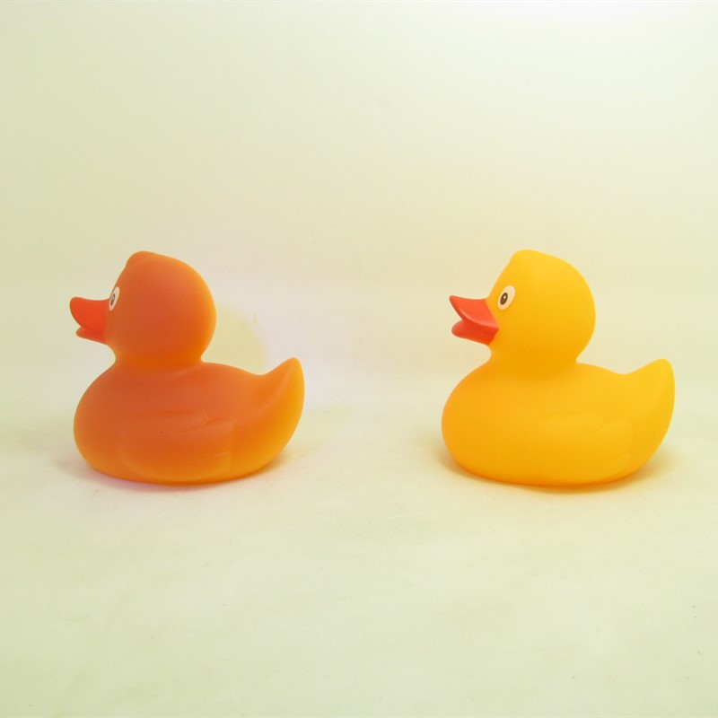Phthalate-Free baby plastic sunlight color changing floating rubber duck