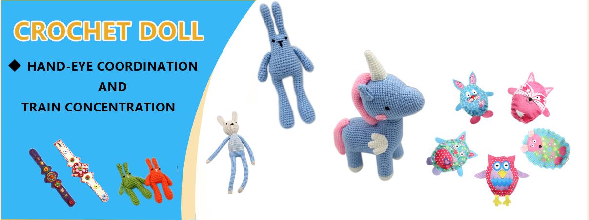 Christmas Doll crochet pattern - Amigurumi Today | 452x1207