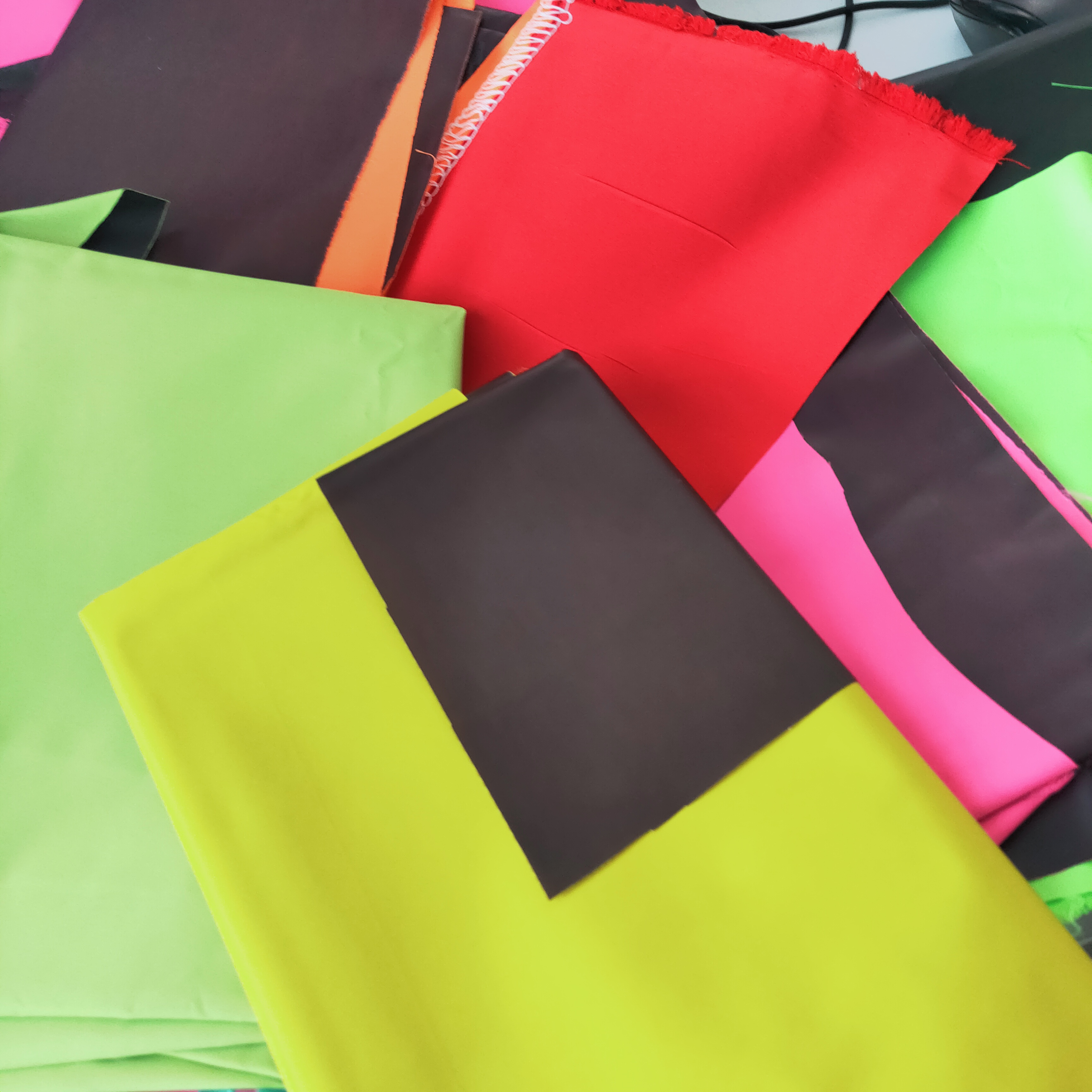 polyester Temperature sensitivity colour change thermochromic fabric