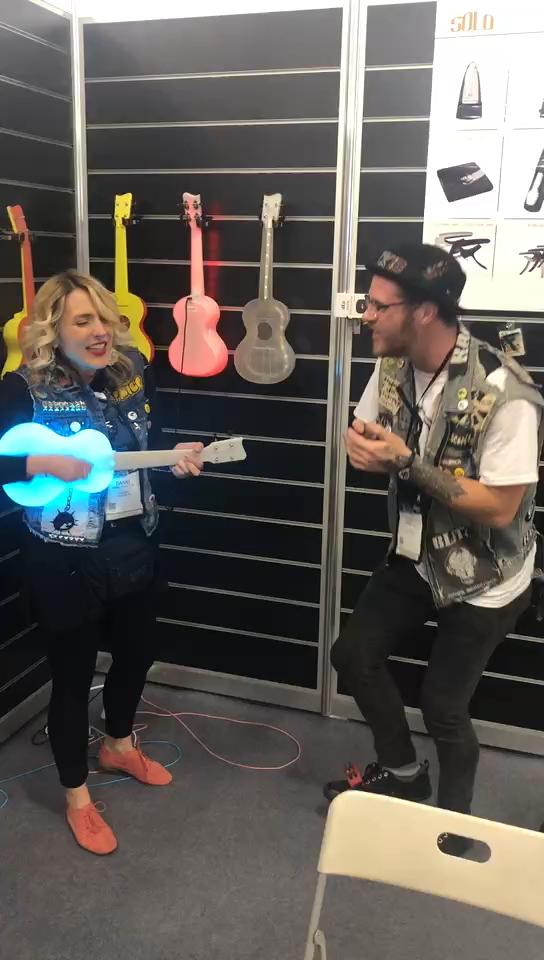 23 zoll Leucht Ukulele Reise Verwenden Ukulele Die glowing ukulele