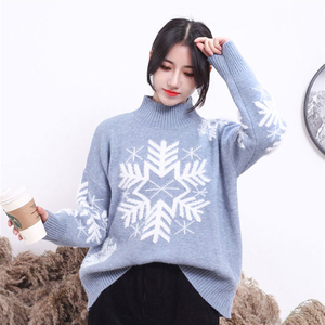 2019 New design sweet colorful Christmas sweater with snowflakes turtleneck pullover knitwear for ladies