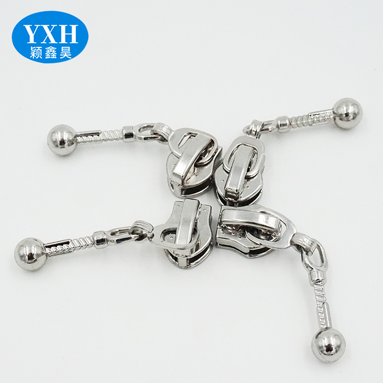 Electroplated silver white zinc alloy zipper head automatic lock slider metal zipper puller custom