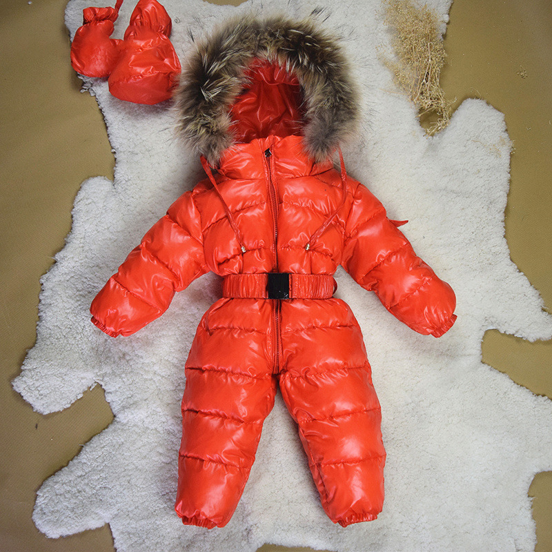 Rode baby fur hooded omlaag rompertjes custom winter baby meisje warme rits jumpsuit