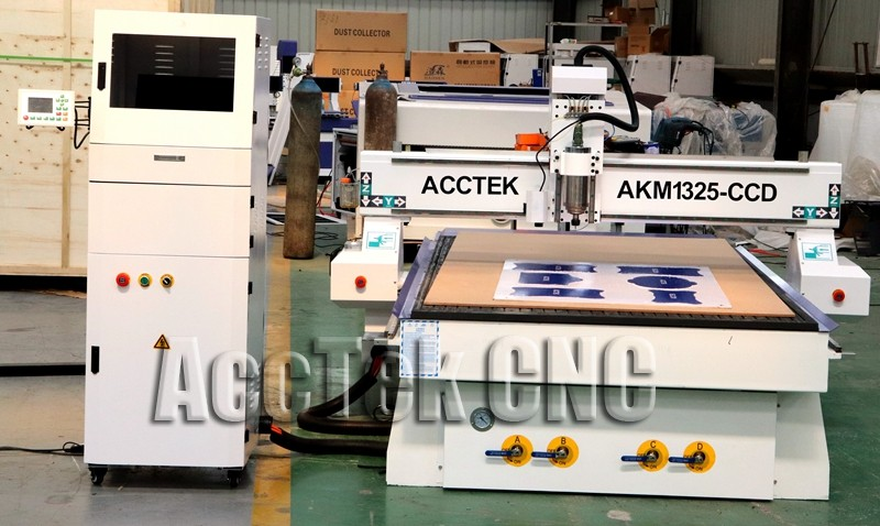 cnc router with ccd (3).jpg