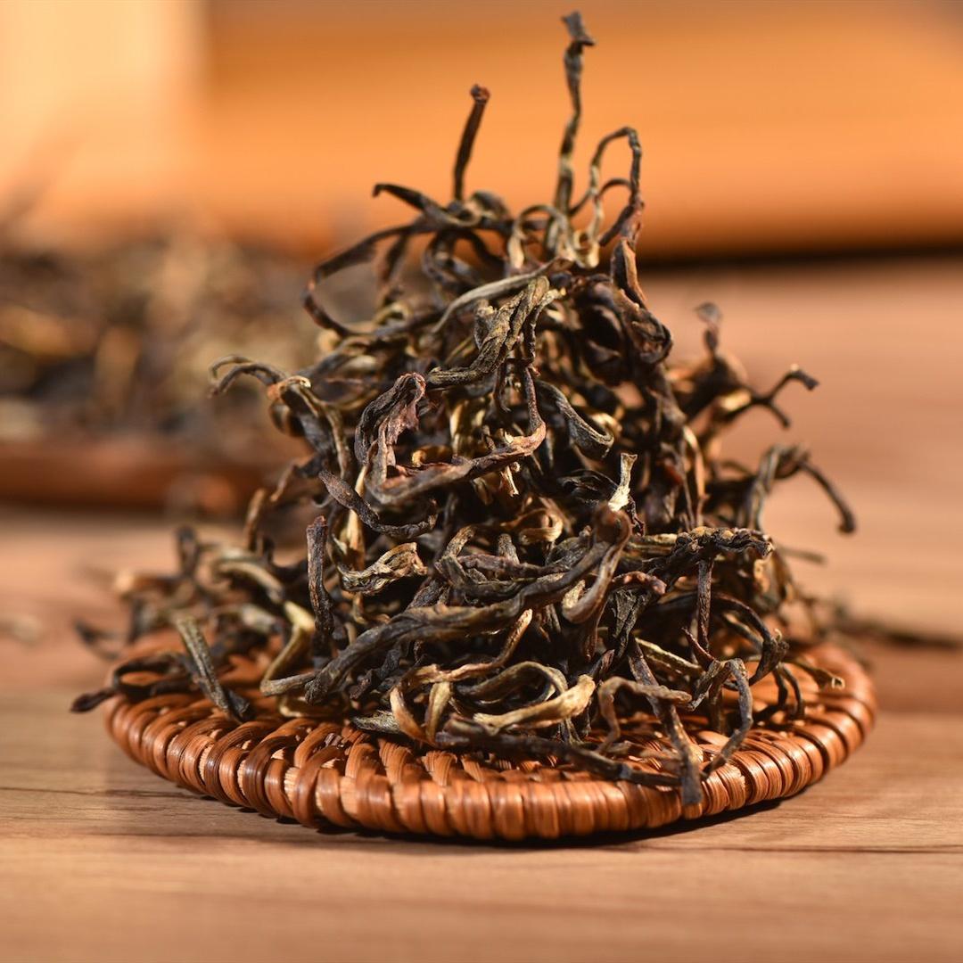 Cheap and good sweet honey organic high mountain yellow tea from yunnan - 4uTea | 4uTea.com