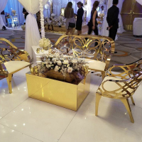 Gorgeous gold metal wedding modern sofa for wedding