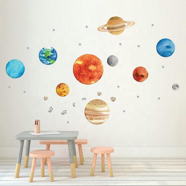 बच्चे के कमरे के लिए नॉर्डिक स्वयं चिपकने वाला पीवीसी decal ग्रह दीवार स्टीकर बच्चों के कमरे सजावटी